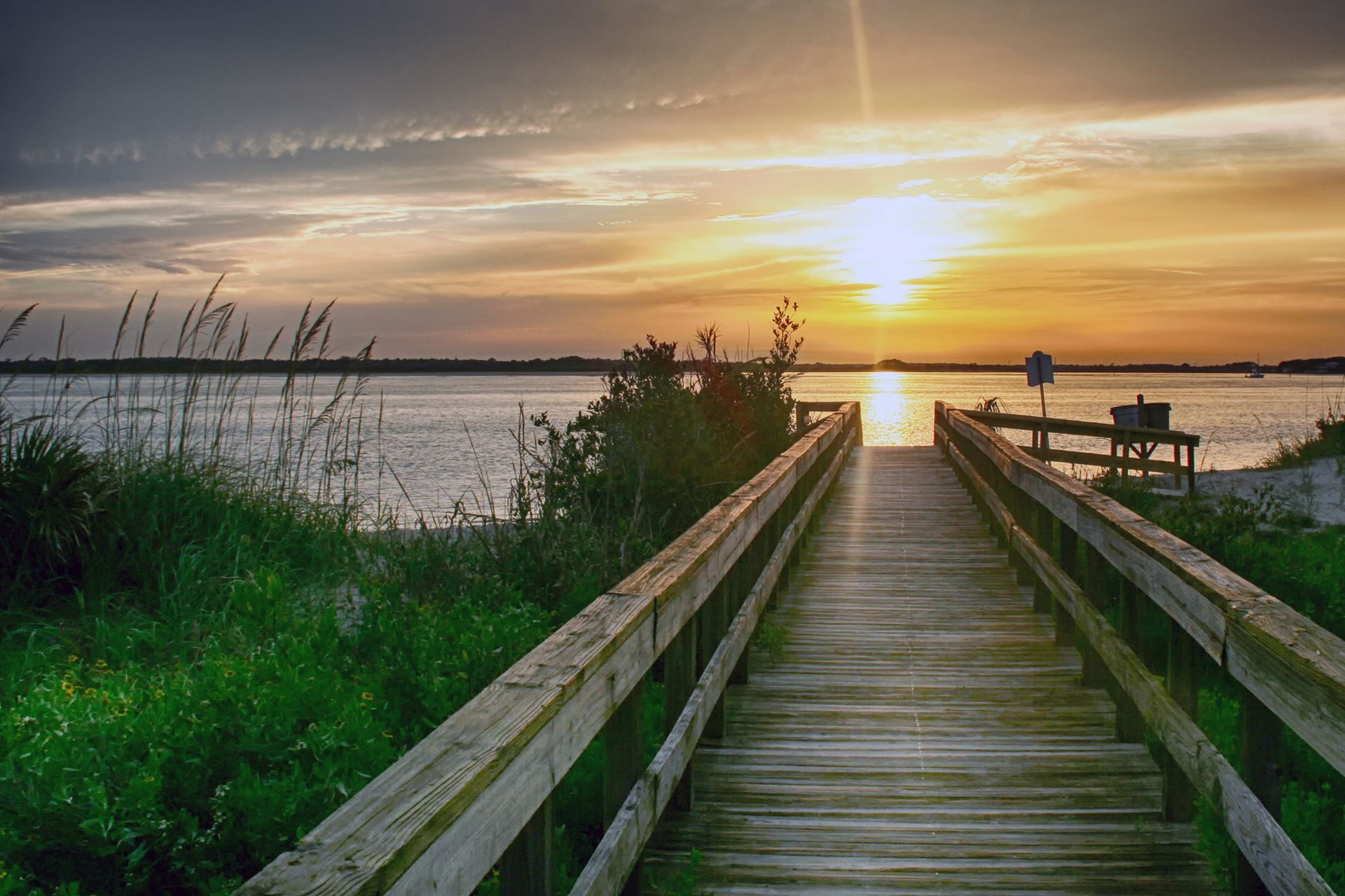 Southeastern Bonanza Society - New Smyrna Beach, Florida (KEVB)